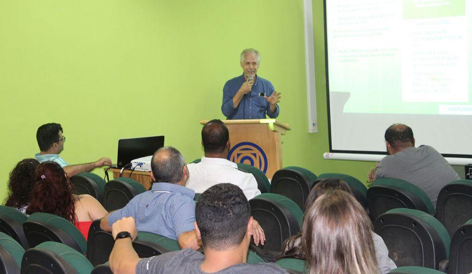 Arefloresta endossa diálogo sobre a PLC 45/2014